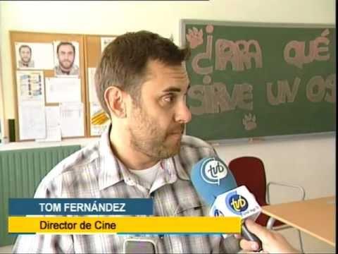Tom Fernández visita a los alumnos blogueros de su película