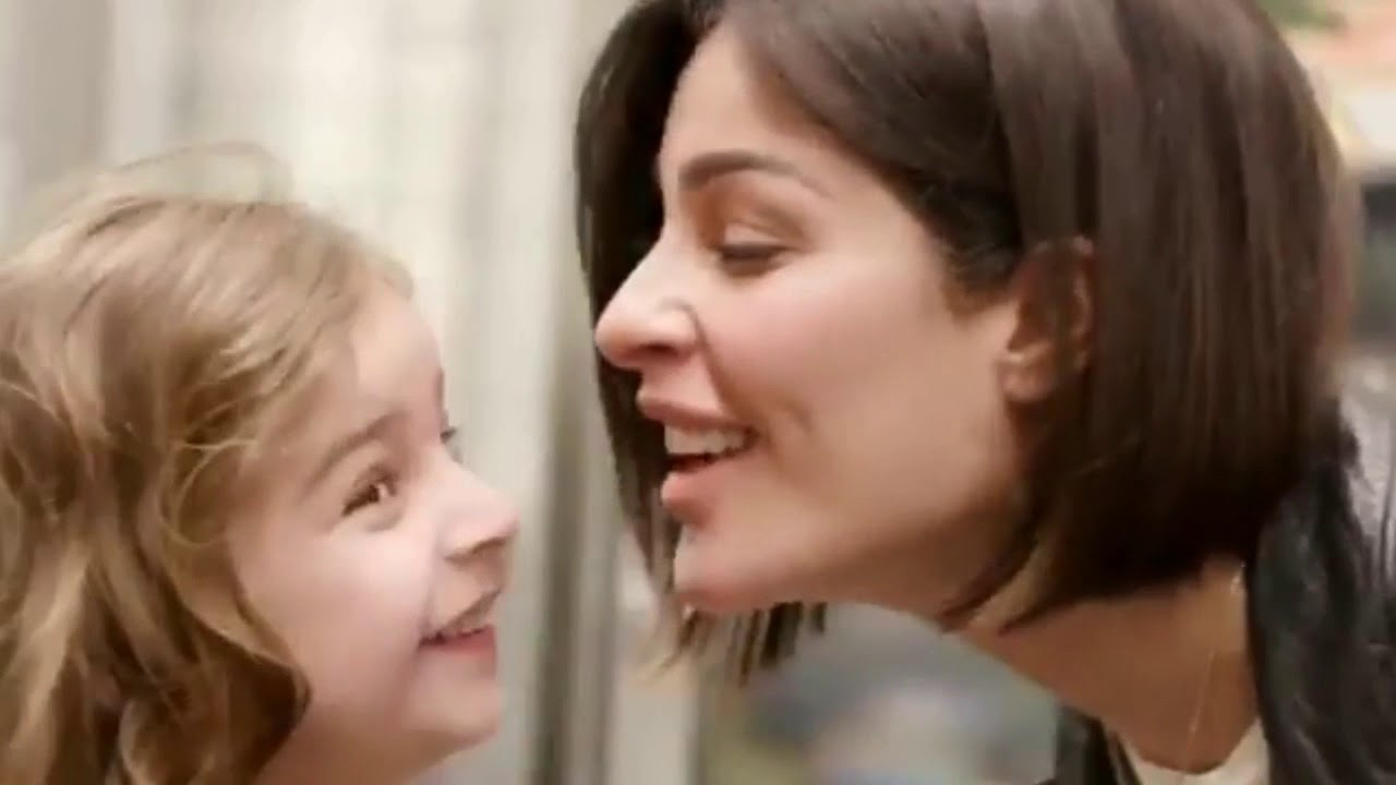 نادين نسيب نجيم تشعل مواقع التواصل بفيديو مع طفليها