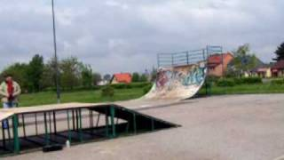 revo 3.3 with OS 18TM in a skate park