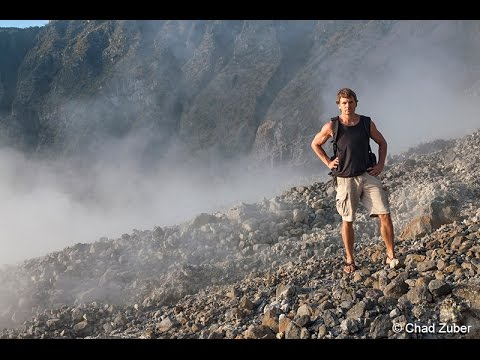 CHICHONAL - In the crater of an active volcano (En el crater del volcan) - bilingue
