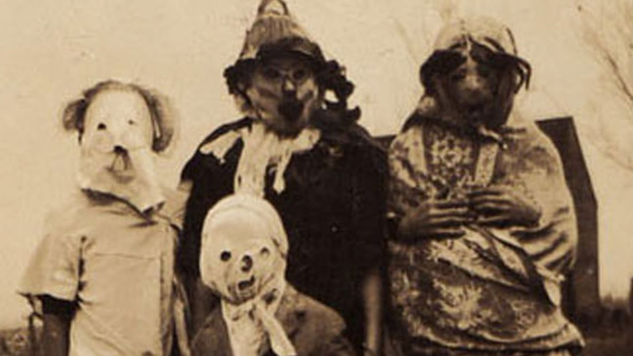 Scary Vintage Halloween Costumes - YouTube