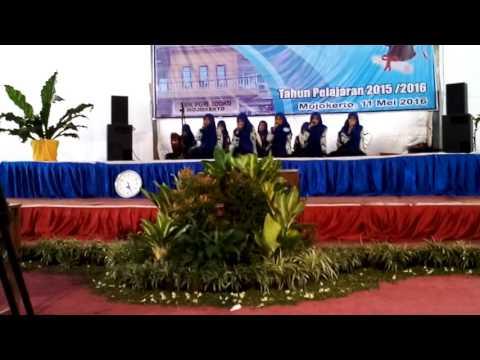 As syari'ah juara 3 fesban SMK PGRI Sooko Mojokerto