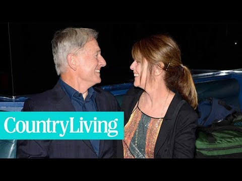 "Pam Dawber and Mark Harmon were TV's hottest ""It"" Couple in the 80s  Country Living"