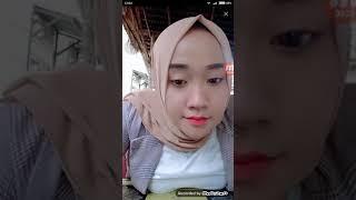 Bigo Live Jilbab - Jilbab cantik toge montok pamer toketnya..😍