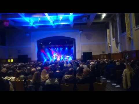 Stoney Broke - Southern Cross To Glasgow Central - Easterbrook Hall Dumfries (Red Hot Chilli Pipers)
