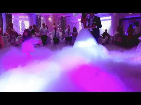 TANIEC W CHMURACH - Dekoracja Światłem Na Wesele śląsk SHOWLIGHT