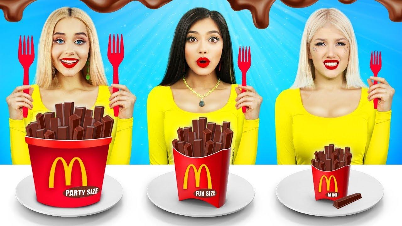 Desafío de chocolate grande, mediano y pequeño   Comida gigante VS diminuta por RATATA