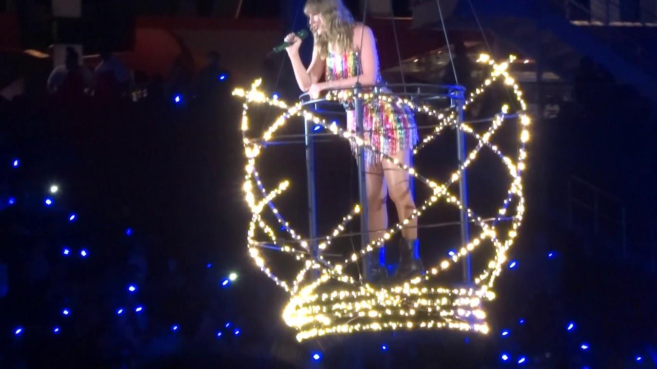Taylor Swift - Delicat... Taylor Swift Tour 2018