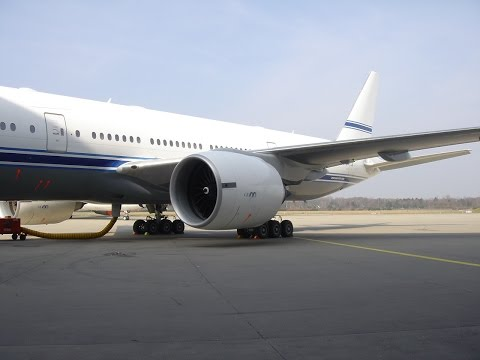 Changing Jet Engine Igniters on Boeing 777