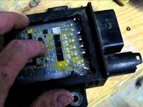 Glow plug controller tear down and fix  YouTube