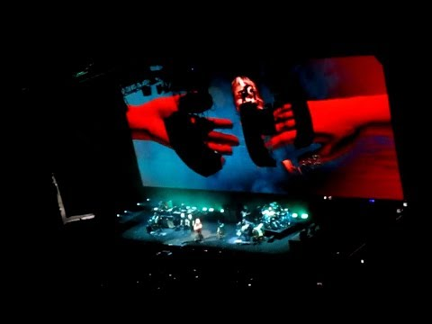 """Roger Waters """"Picture That"""" & """"Wish You Were Here"""" Live Brooklyn NYC 9/12/17"""