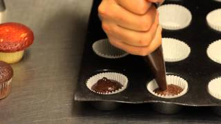 Valentine Cupcakes in Mini Bundt Pans Recipe : Making & Decorating Cupcakes