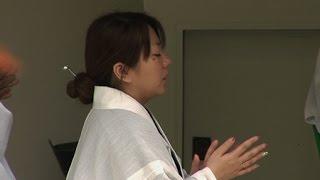 沖縄県の久高島の姿やそこに暮らす人々の営みを12年にわたって記録して...