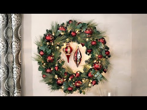 How To Decorate A Christmas Wreath - Space Saving Christmas Tree Alternative