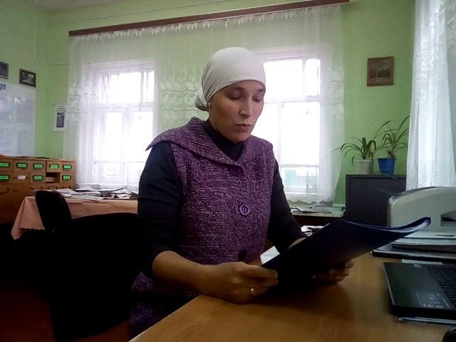 Изображение предпросмотра прочтения – АлсуМуртазина читает отрывок изпроизведения «Открытое письмо» К.М.Симонова