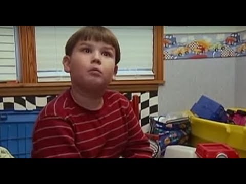KID ONLY WANTS TO EAT CHICKEN NUGGETS AND BACON