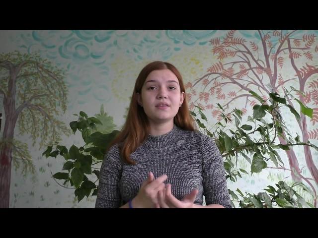 Изображение предпросмотра прочтения – МарияКостюк читает произведение «Бабушка» М.И.Цветаевой