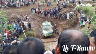 Muddy track offroad cars!!