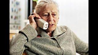 Бабушку хотели обмануть и забрать все деньги: её ответ обескуражил мошенников