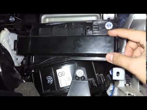 Cleaning Air Conditioning Filter Toyota Corolla Youtube