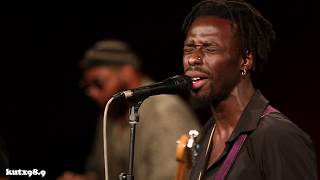 Black Pumas - Colors (Live in KUTX Studio 1A)