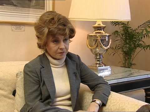 An Interview With Prunella Scales - Fawlty Towers Special Features