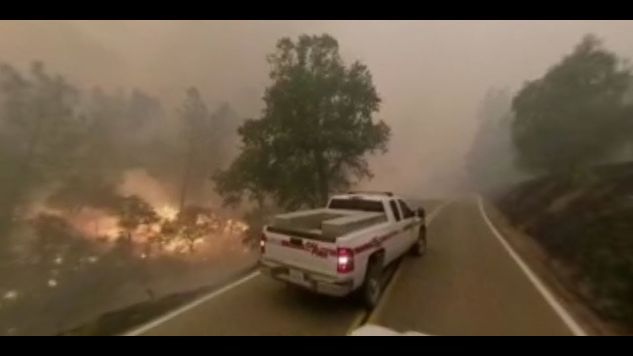 360 video shows Carr Fire approaching Igo, California on July 28