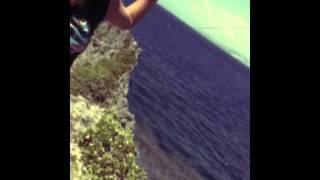 沖縄で撮ったギャグ動画です。 編集はiPhoneより。