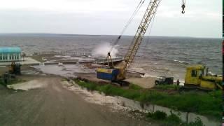 Штормить на Волзі біля пристані Камське Гирлі. Частина 2. Storm on the Volga Part 2