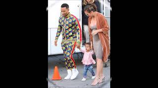 Video Pregnant Chrissy Teigen wears very busty dress after THAT topless cooking snap download MP3, 3GP, MP4, WEBM, AVI, FLV Februari 2018