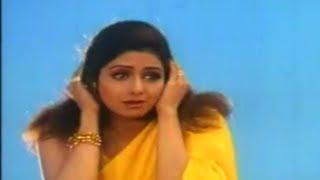 Chanchal Hawaon Se - Kaun Sacha Kaun Jootha - Sridevi & Rishi Kapoor - HQ