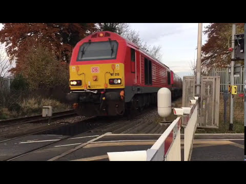 (1080p) ECML Diversions At Scopwick Level Crossing (19/11/17) Ft. Joe Thorpe
