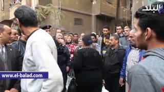بالفيديو.. سيدة لرئيس حي الشرابية: 'صلحوا الصرف الصحى وجددوا المواسير وخدوا مننا فلوس'