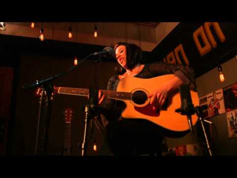 909 in Studio : Danielle Nicole - 'You Only Need Me When You're Down' | The Bridge