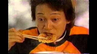 2005年ごろの日清のどん兵衛のCMです。スマップの中居正広さんが出演さ...