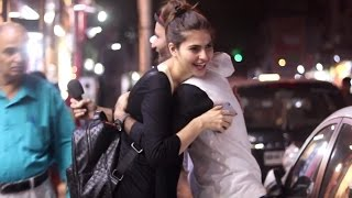 This Guy Getting Hugs From Girls for Instagram Magic Prank - Filmygyan