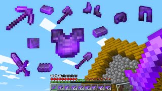 Minecraft UHC but netherite falls from the sky..