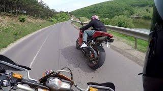 Ktm 690 smc  Vs Ducati 848