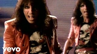 Watch Alice Cooper I Got A Line On You video