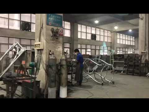 How China Produce The Playground Equipment Produce?