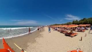 Spiaggia del Camping Village Pappasole a Piombino (LI), in Toscana