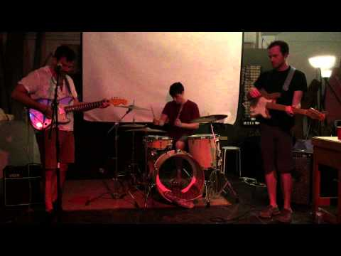 Teen Mom - I'm in Love with His Dreams (live @ The 5th Dimension 6/14/15)
