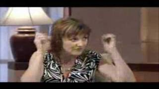 Loose Women: Kacey Ainsworth Interview (14.09.05)