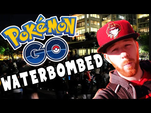 POKEMON GO WATER BOMBS VS CHANTING CROWD AT RHODES SYDNEY FOR CHARIZARD