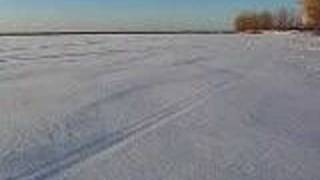 今日の朝セントローレンス川に行って撮ったカナダの綺麗な雪の映像です...