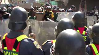 South Africa Police Train to Face Any Emergency During World Cup