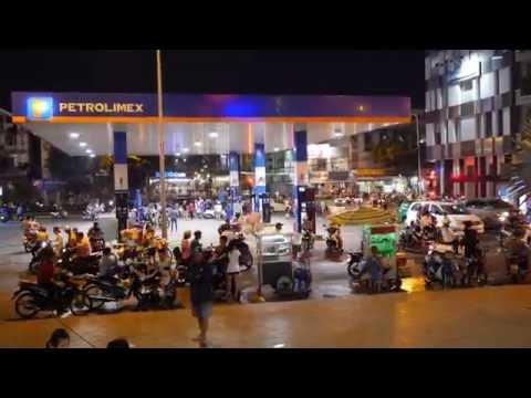 Phú Nhuận District At Night - Ho Chi Minh City