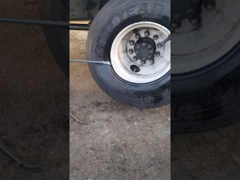 Mobile Tire Service 11 R22.5