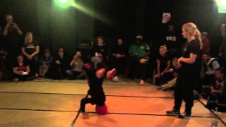 Queen Sweet 16 2015 Bgirl Terra (Soul Mavericks) vs Fairytale Top 16