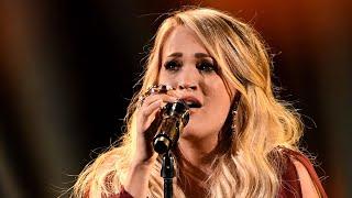 Gambar cover Carrie Underwood Heartbroken During Tribute to Joe Diffie
